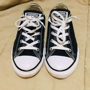 ... Chuck Taylor Converse All Star. M 5b50d587619745832a1204d3. Other Shoes  you may like. Gently worn black white converse dc518d650